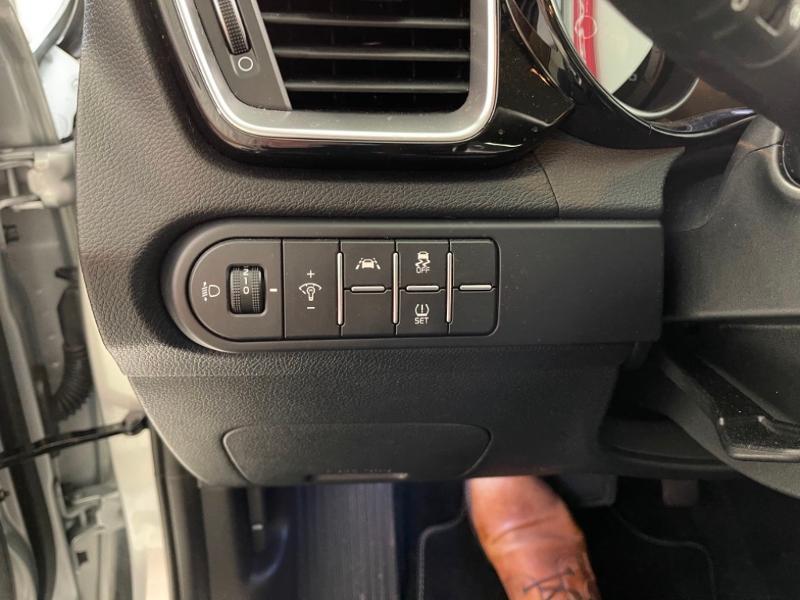 Photo 6 de l'offre de KIA XCeed 1.6 CRDI 115ch Active DCT7 à 24990€ chez Littoral Vendée Automobiles Mouilleron Le Captif