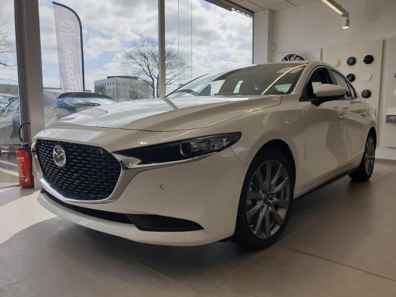 Mazda Mazda 3 Berline 2.0 e-Skyactiv-G M-Hybrid 122ch Inspiration Essence SNOWFLAKE WHITE PEARL Neuf à vendre