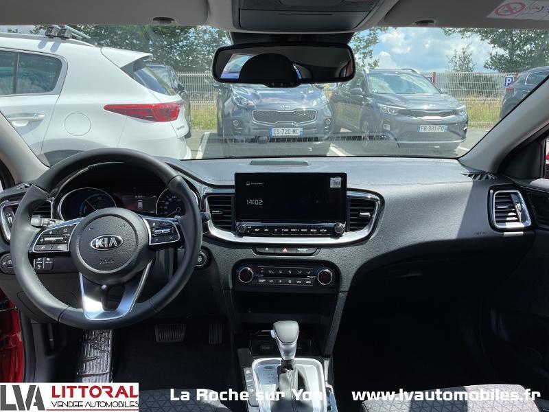 Photo 11 de l'offre de KIA Ceed SW 1.6 GDi 105ch + Plug-In 60.5ch Active DCT6 à 29990€ chez Littoral Vendée Automobiles Mouilleron Le Captif