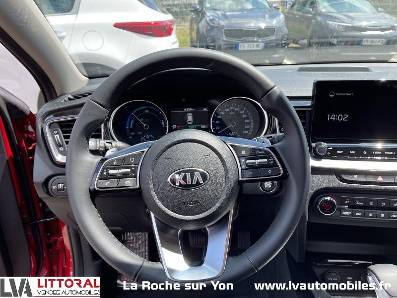 Photo 6 de l'offre de KIA Ceed SW 1.6 GDi 105ch + Plug-In 60.5ch Active DCT6 à 29990€ chez Littoral Vendée Automobiles Mouilleron Le Captif