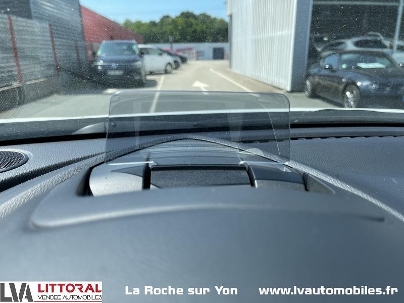 Photo 15 de l'offre de MAZDA CX-3 1.5 SKYACTIV-D 105 Sélection à 14990€ chez Littoral Vendée Automobiles Mouilleron Le Captif