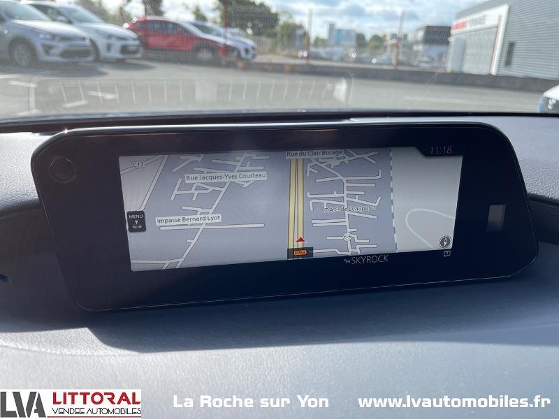 Photo 13 de l'offre de MAZDA Mazda 3 2.0 e-Skyactiv-G M-Hybrid 122ch Sportline BVA à 29990€ chez Littoral Vendée Automobiles Mouilleron Le Captif