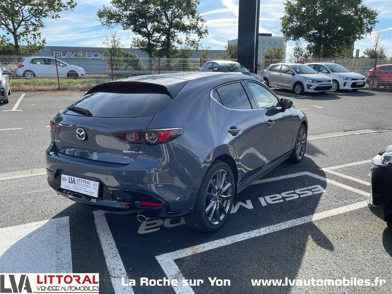 Photo 3 de l'offre de MAZDA Mazda 3 2.0 e-Skyactiv-G M-Hybrid 122ch Sportline BVA à 29990€ chez Littoral Vendée Automobiles Mouilleron Le Captif