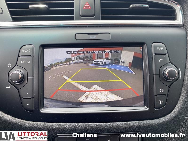 Photo 9 de l'offre de KIA Cee'd 1.0 T-GDi 120ch ISG Active à 12990€ chez Littoral Vendée Automobiles Mouilleron Le Captif