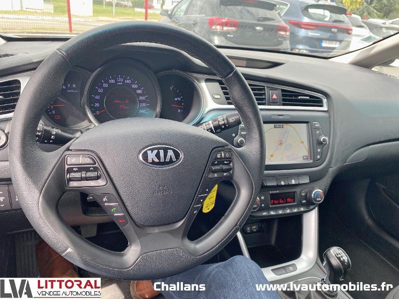 Photo 11 de l'offre de KIA Cee'd 1.0 T-GDi 120ch ISG Active à 12990€ chez Littoral Vendée Automobiles Mouilleron Le Captif