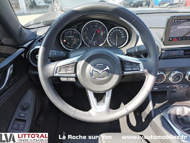 Photo 10 de l'offre de MAZDA MX-5 RF 1.5 SKYACTIV-G 132ch Sélection Euro6d-T Evap 2020 à 33490€ chez Littoral Vendée Automobiles Mouilleron Le Captif
