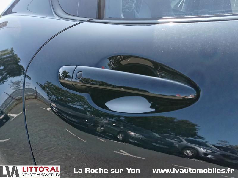 Photo 14 de l'offre de MAZDA MX-5 RF 1.5 SKYACTIV-G 132ch Sélection Euro6d-T Evap 2020 à 33490€ chez Littoral Vendée Automobiles Mouilleron Le Captif