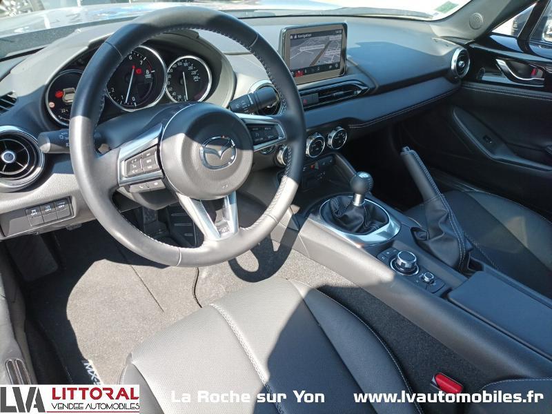 Photo 16 de l'offre de MAZDA MX-5 RF 1.5 SKYACTIV-G 132ch Sélection Euro6d-T Evap 2020 à 33490€ chez Littoral Vendée Automobiles Mouilleron Le Captif