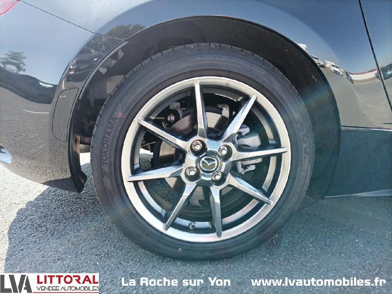 Photo 13 de l'offre de MAZDA MX-5 RF 1.5 SKYACTIV-G 132ch Sélection Euro6d-T Evap 2020 à 33490€ chez Littoral Vendée Automobiles Mouilleron Le Captif