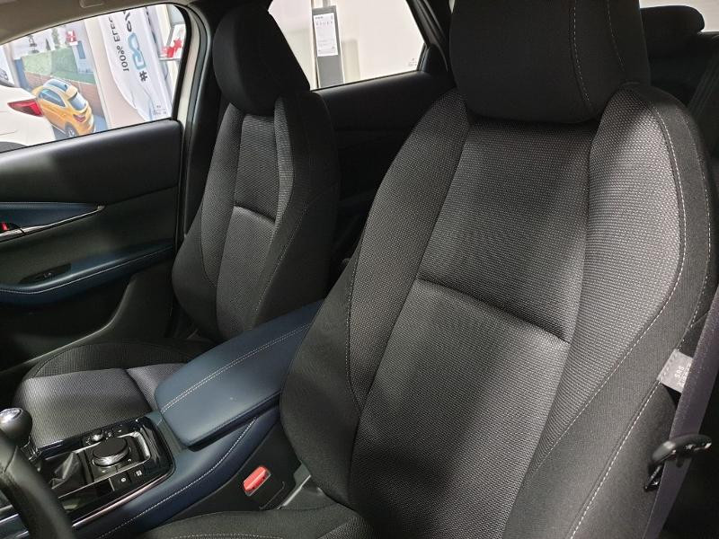 Photo 3 de l'offre de MAZDA CX-30 2.0 Skyactiv-G M-Hybrid 122ch Style 2020 à 25990€ chez Littoral Vendée Automobiles Mouilleron Le Captif