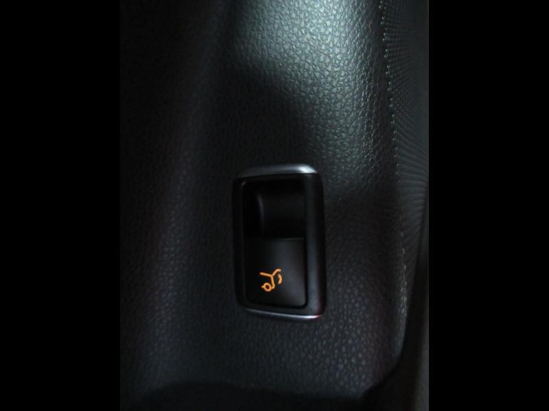 Photo 14 de l'offre de MERCEDES-BENZ CLA Shooting Brake 180 d Business Edition 7G-DCT à 22490€ chez Littoral Vendée Automobiles Le Château D'Olonne