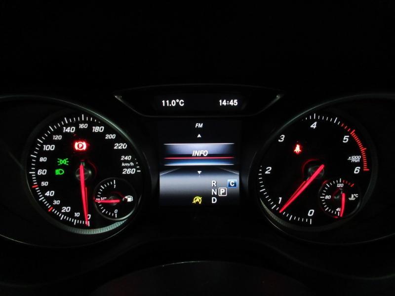 Photo 18 de l'offre de MERCEDES-BENZ CLA Shooting Brake 180 d Business Edition 7G-DCT à 22490€ chez Littoral Vendée Automobiles Le Château D'Olonne