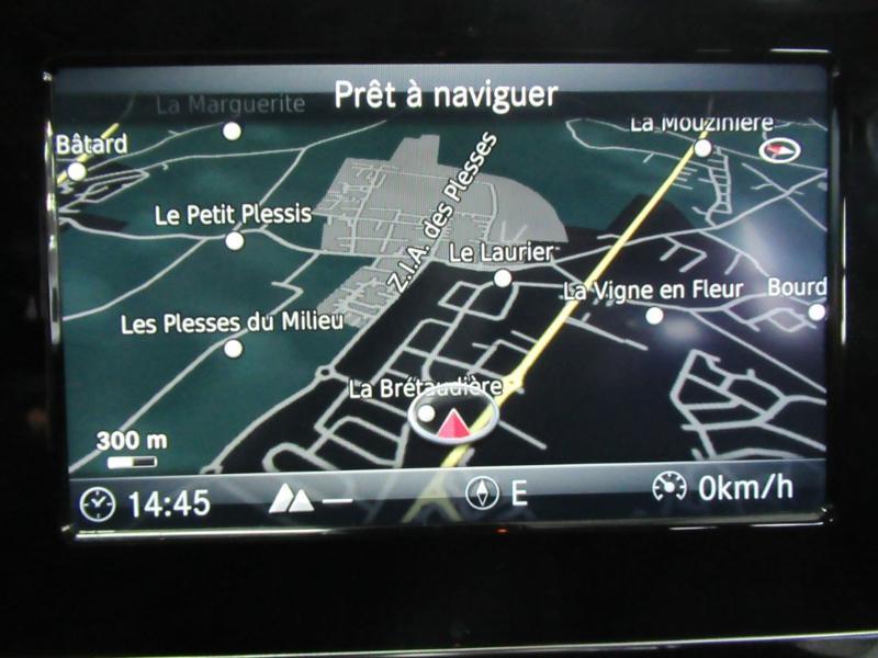 Photo 6 de l'offre de MERCEDES-BENZ CLA Shooting Brake 180 d Business Edition 7G-DCT à 22490€ chez Littoral Vendée Automobiles Le Château D'Olonne