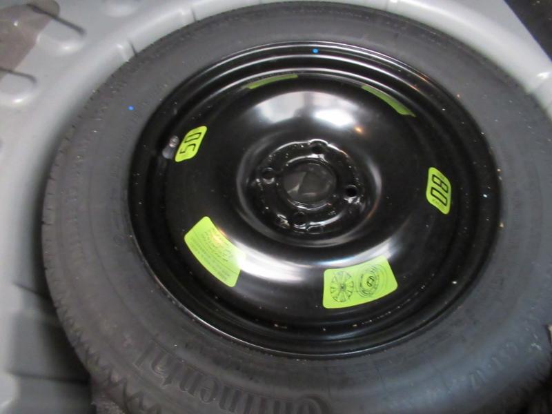 Photo 24 de l'offre de DS DS 4 Crossback PureTech 130 Be Chic S&S à 13490€ chez Littoral Vendée Automobiles Le Château D'Olonne