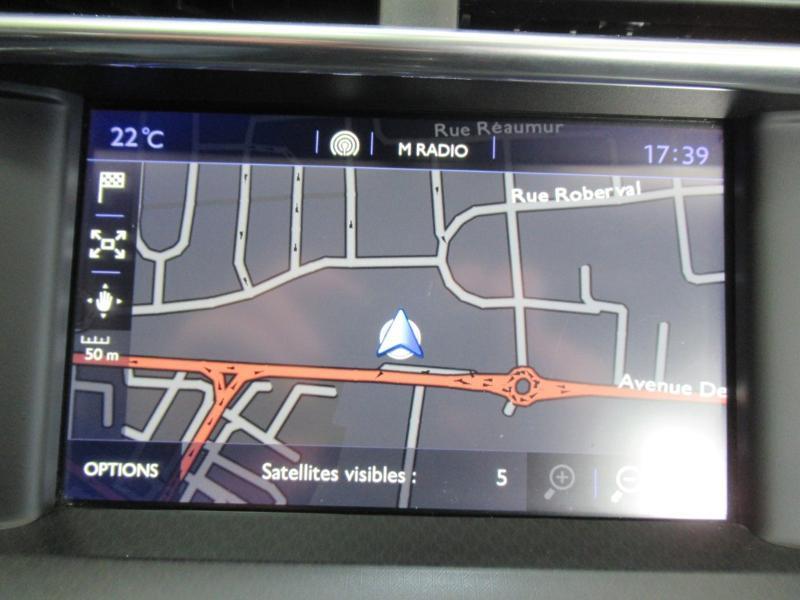 Photo 5 de l'offre de DS DS 4 Crossback PureTech 130 Be Chic S&S à 13490€ chez Littoral Vendée Automobiles Le Château D'Olonne