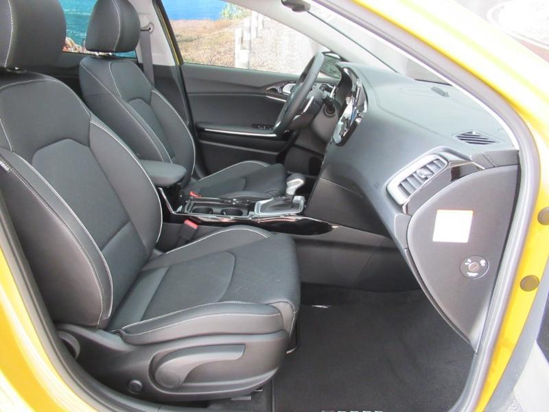 Photo 2 de l'offre de KIA XCeed 1.6 GDi 105ch + Plug-In 60.5ch Premium DCT6 à 34490€ chez Littoral Vendée Automobiles Le Château D'Olonne