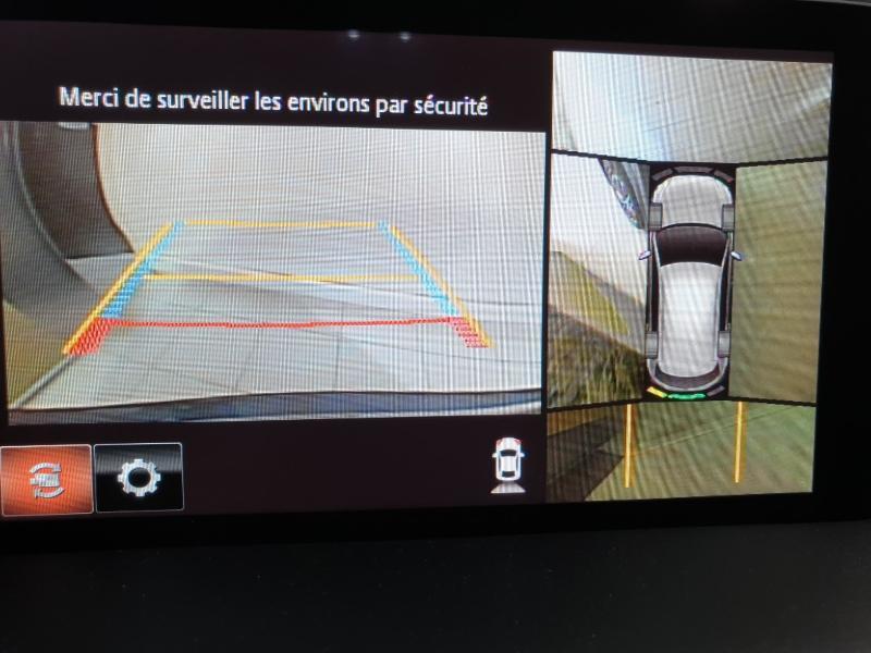 Photo 10 de l'offre de MAZDA CX-5 2.2 SKYACTIV-D 150 Dynamique 4x2 Euro6d-T 2020 à 30990€ chez Littoral Vendée Automobiles Le Château D'Olonne