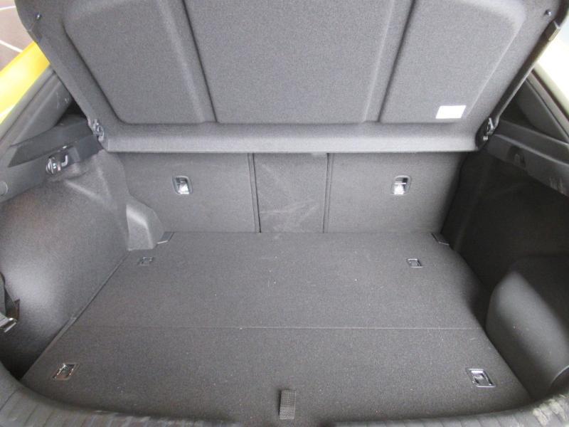 Photo 9 de l'offre de KIA XCeed 1.6 GDi 105ch + Plug-In 60.5ch Premium DCT6 à 34490€ chez Littoral Vendée Automobiles Le Château D'Olonne