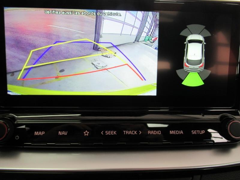 Photo 24 de l'offre de KIA XCeed 1.6 GDi 105ch + Plug-In 60.5ch Premium DCT6 à 34490€ chez Littoral Vendée Automobiles Le Château D'Olonne