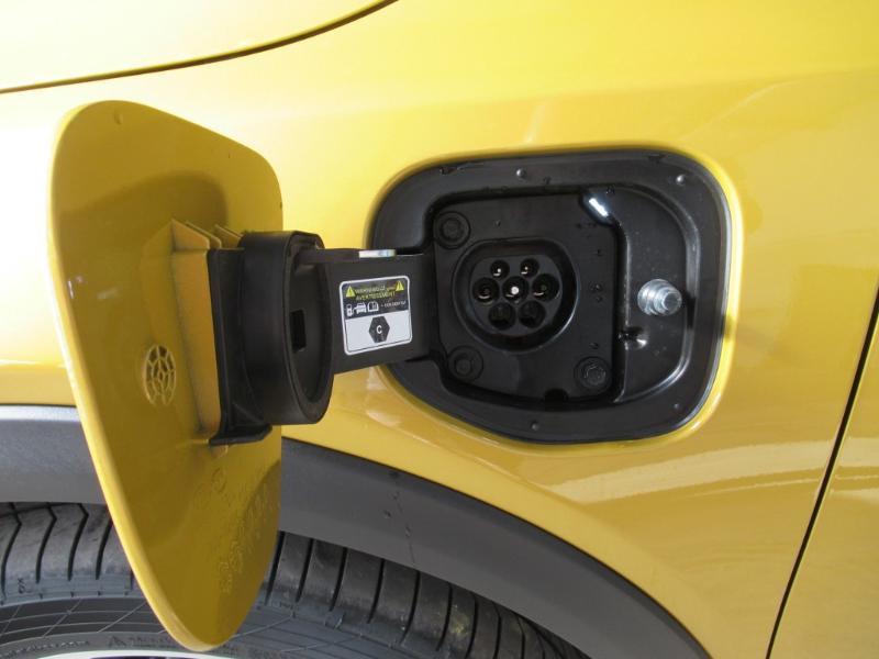 Photo 30 de l'offre de KIA XCeed 1.6 GDi 105ch + Plug-In 60.5ch Premium DCT6 à 34490€ chez Littoral Vendée Automobiles Le Château D'Olonne