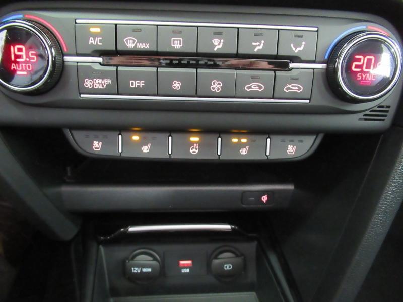 Photo 29 de l'offre de KIA XCeed 1.6 GDi 105ch + Plug-In 60.5ch Premium DCT6 à 34490€ chez Littoral Vendée Automobiles Le Château D'Olonne