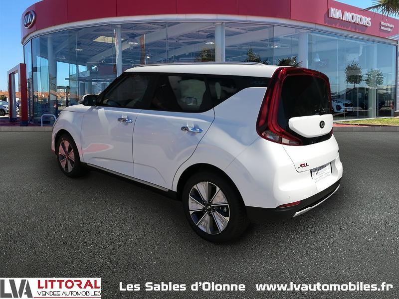 Photo 3 de l'offre de KIA e-Soul Design 204ch à 32490€ chez Littoral Vendée Automobiles Le Château D'Olonne