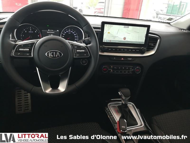 Photo 11 de l'offre de KIA XCeed 1.6 CRDI 136ch MHEV Design DCT7 2021 à 29990€ chez Littoral Vendée Automobiles Le Château D'Olonne