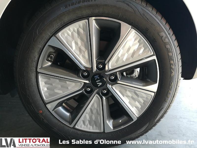 Photo 14 de l'offre de KIA e-Soul Design 204ch à 32490€ chez Littoral Vendée Automobiles Le Château D'Olonne