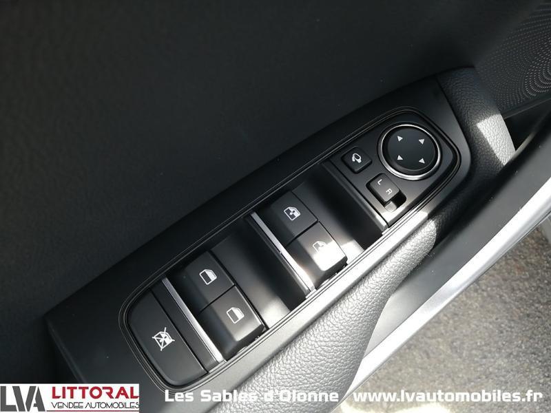 Photo 15 de l'offre de KIA Ceed SW 1.6 GDi 105ch + Plug-In 60.5ch Active DCT6 à 31990€ chez Littoral Vendée Automobiles Le Château D'Olonne