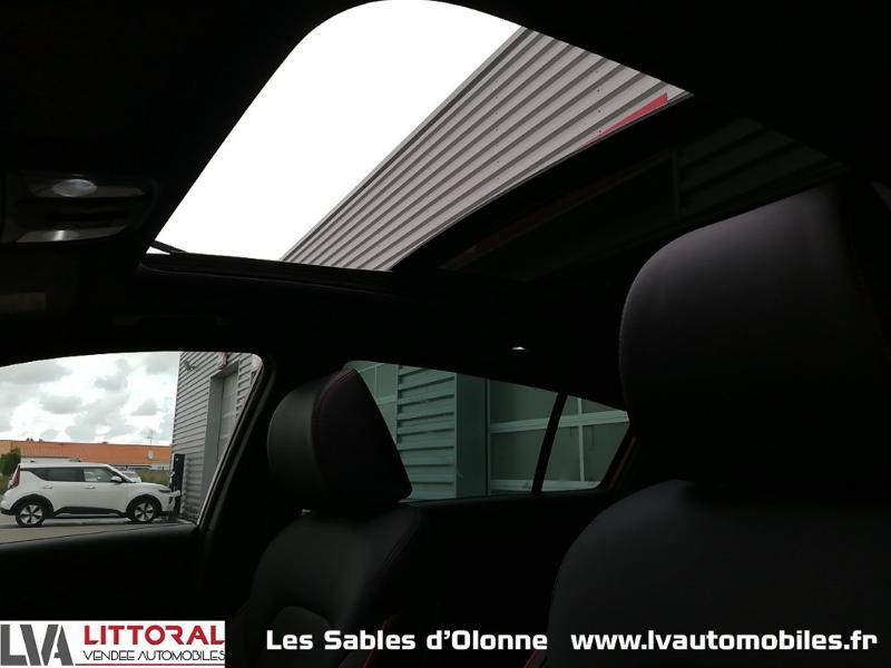 Photo 15 de l'offre de KIA Sportage 1.6 CRDi 136ch MHEV GT Line Premium 4x2 DCT7 à 35490€ chez Littoral Vendée Automobiles Le Château D'Olonne