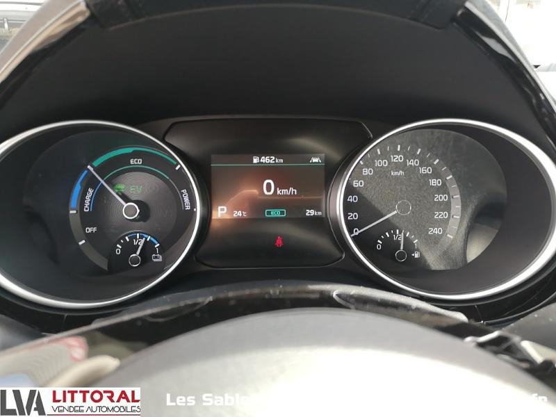 Photo 18 de l'offre de KIA Ceed SW 1.6 GDi 105ch + Plug-In 60.5ch Active DCT6 à 31990€ chez Littoral Vendée Automobiles Le Château D'Olonne