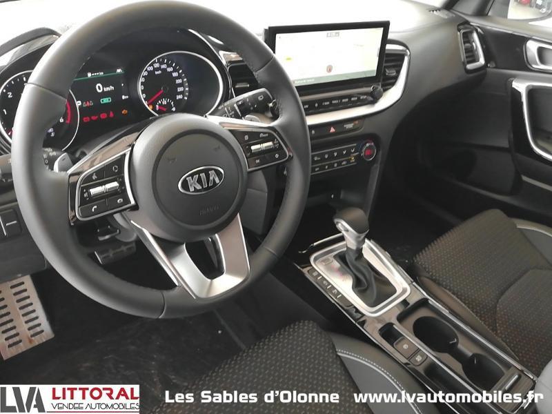 Photo 4 de l'offre de KIA XCeed 1.6 CRDI 136ch MHEV Design DCT7 2021 à 29990€ chez Littoral Vendée Automobiles Le Château D'Olonne