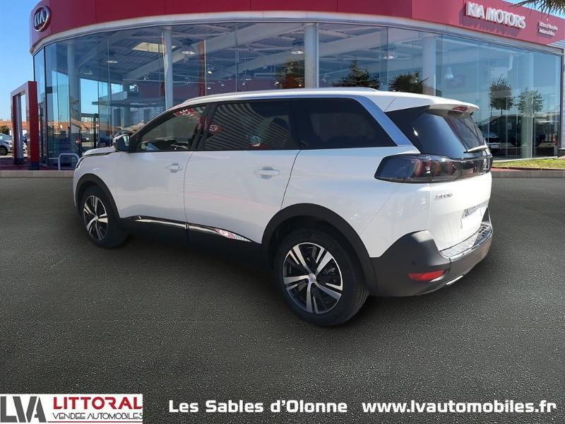 Photo 3 de l'offre de PEUGEOT 5008 1.5 BlueHDi 130ch E6.c Allure S&S EAT8 à 34990€ chez Littoral Vendée Automobiles Le Château D'Olonne