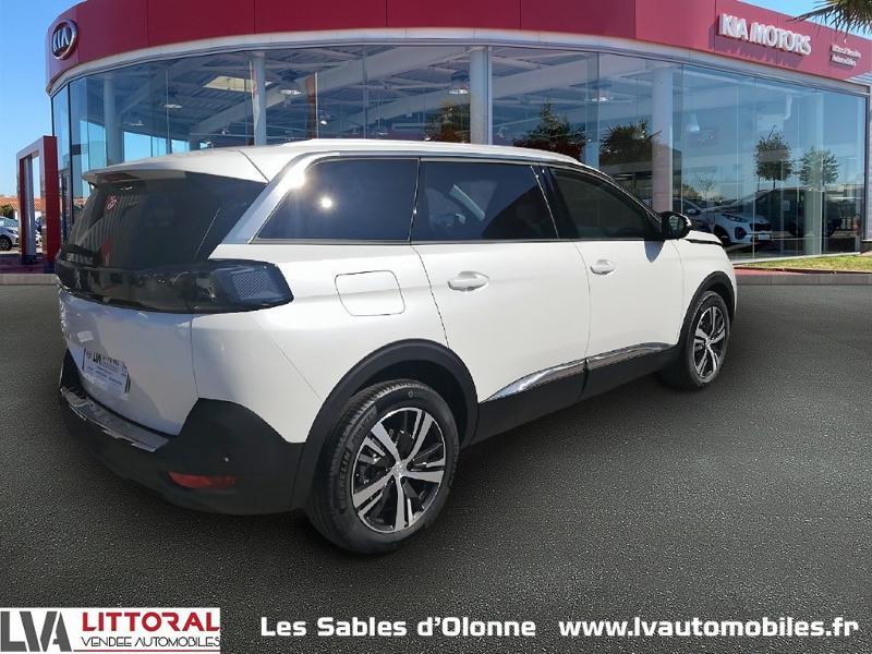 Photo 2 de l'offre de PEUGEOT 5008 1.5 BlueHDi 130ch E6.c Allure S&S EAT8 à 34990€ chez Littoral Vendée Automobiles Le Château D'Olonne