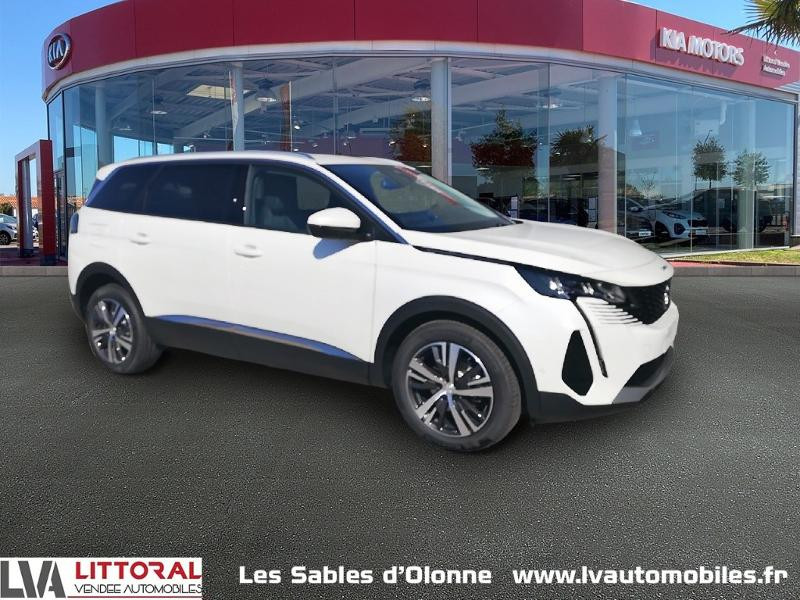 Photo 1 de l'offre de PEUGEOT 5008 1.5 BlueHDi 130ch E6.c Allure S&S EAT8 à 34990€ chez Littoral Vendée Automobiles Le Château D'Olonne