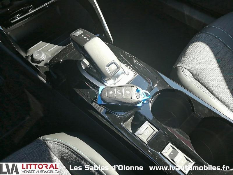 Photo 7 de l'offre de PEUGEOT 2008 1.2 PureTech 130ch S&S Allure Pack EAT8 à 27990€ chez Littoral Vendée Automobiles Le Château D'Olonne