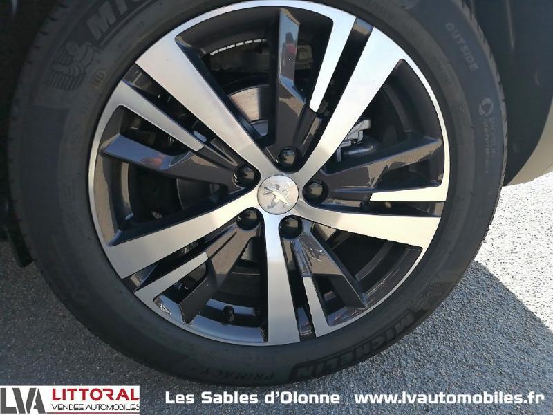 Photo 15 de l'offre de PEUGEOT 5008 1.5 BlueHDi 130ch E6.c Allure S&S EAT8 à 34990€ chez Littoral Vendée Automobiles Le Château D'Olonne