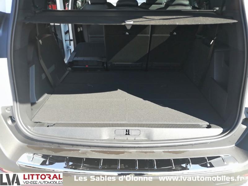 Photo 13 de l'offre de PEUGEOT 5008 1.5 BlueHDi 130ch E6.c Allure S&S EAT8 à 34990€ chez Littoral Vendée Automobiles Le Château D'Olonne