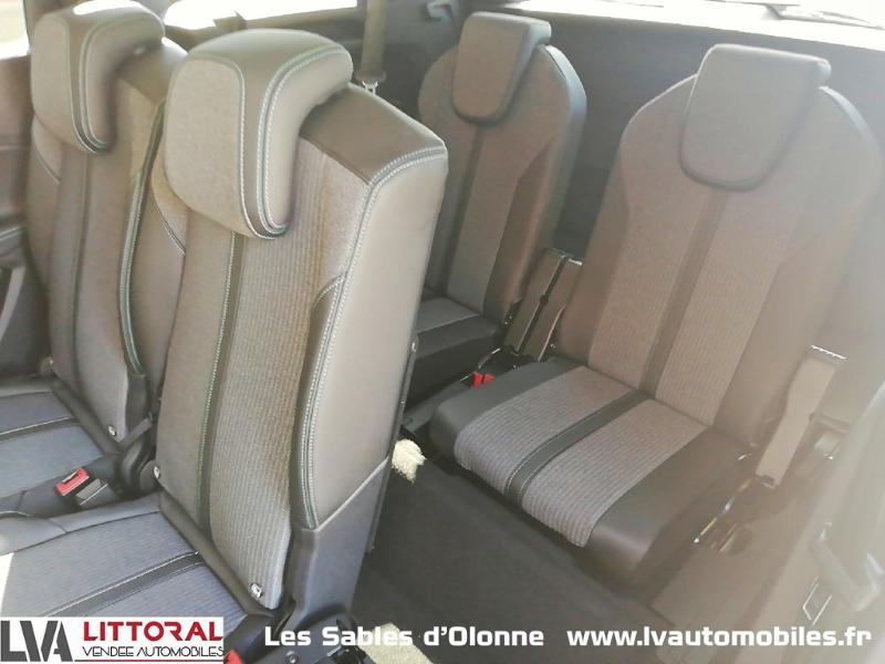 Photo 14 de l'offre de PEUGEOT 5008 1.5 BlueHDi 130ch E6.c Allure S&S EAT8 à 34990€ chez Littoral Vendée Automobiles Le Château D'Olonne