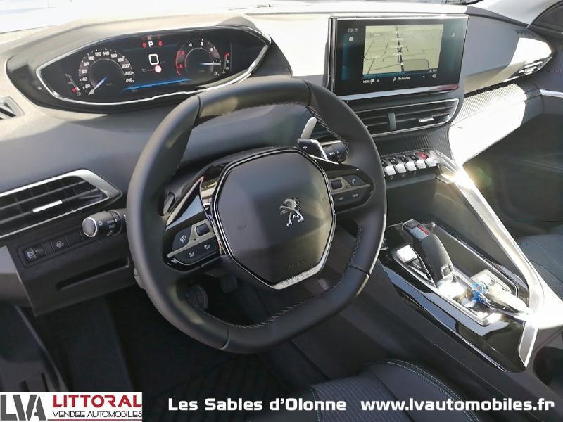 Photo 4 de l'offre de PEUGEOT 5008 1.5 BlueHDi 130ch E6.c Allure S&S EAT8 à 34990€ chez Littoral Vendée Automobiles Le Château D'Olonne