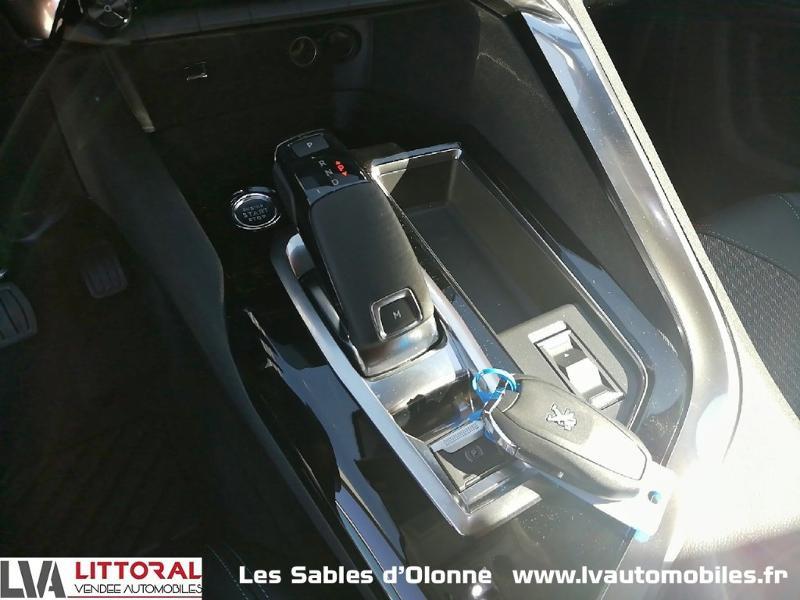 Photo 7 de l'offre de PEUGEOT 5008 1.5 BlueHDi 130ch E6.c Allure S&S EAT8 à 34990€ chez Littoral Vendée Automobiles Le Château D'Olonne