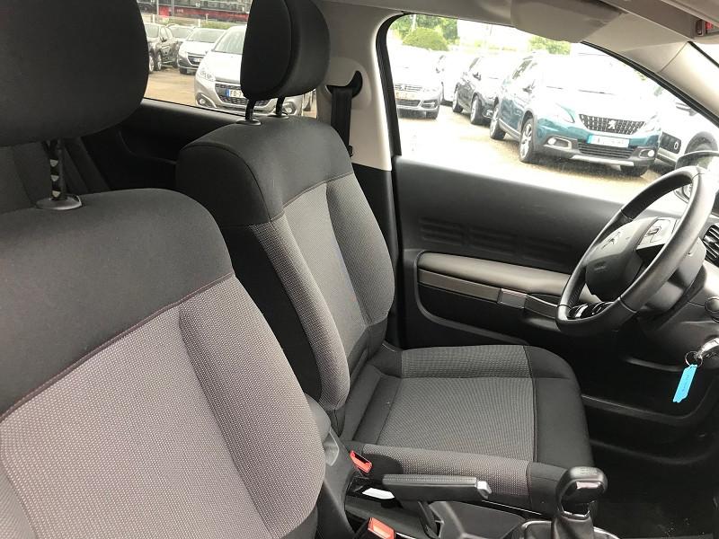 Photo 8 de l'offre de CITROEN C4 CACTUS PURETECH 110CH S&S FEEL BUSINESS à 15400€ chez Brignais automobiles