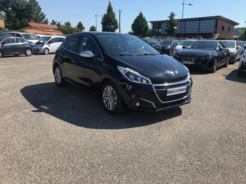 Peugeot 208 1.2 PURETECH 110CH E6.C ALLURE S&S 5P Essence NOIR Occasion à vendre