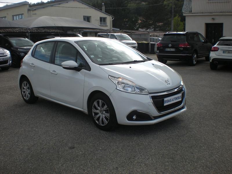 Peugeot 208 AFFAIRE 1.6 BLUEHDI 100CH PACK CLIM NAV 5P Diesel BLANC Occasion à vendre