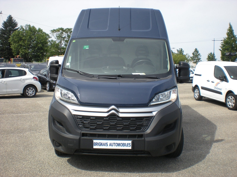 Photo 2 de l'offre de CITROEN JUMPER FG 35 L3H3 2.0 BLUEHDI 130 CLUB à 22900€ chez Brignais automobiles