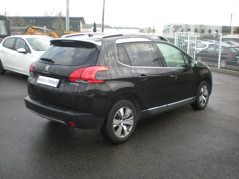 Photo 6 de l'offre de PEUGEOT 2008 1.6 BLUEHDI 100CH BUSINESS PACK BVM5 à 10900€ chez Brignais automobiles