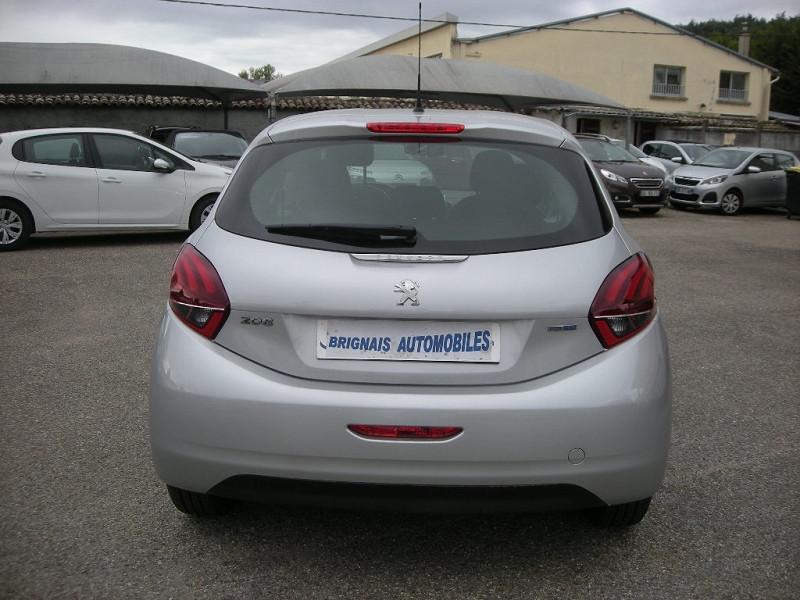 Photo 5 de l'offre de PEUGEOT 208 1.6 BLUEHDI 75CH ACTIVE 3P à 9900€ chez Brignais automobiles