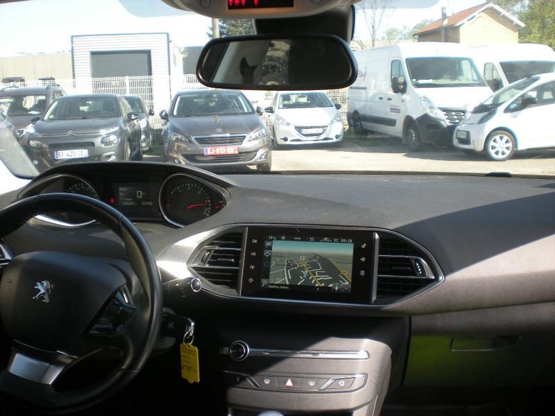 Photo 10 de l'offre de PEUGEOT 308 SW 1.6 BLUEHDI FAP 120CH BUSINESS PACK à 10900€ chez Brignais automobiles