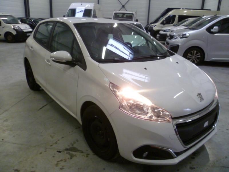 Photo 2 de l'offre de PEUGEOT 208 AFFAIRE 1.5 BLUEHDI 100CH S&S PREMIUM PACK à 15000€ chez Brignais automobiles
