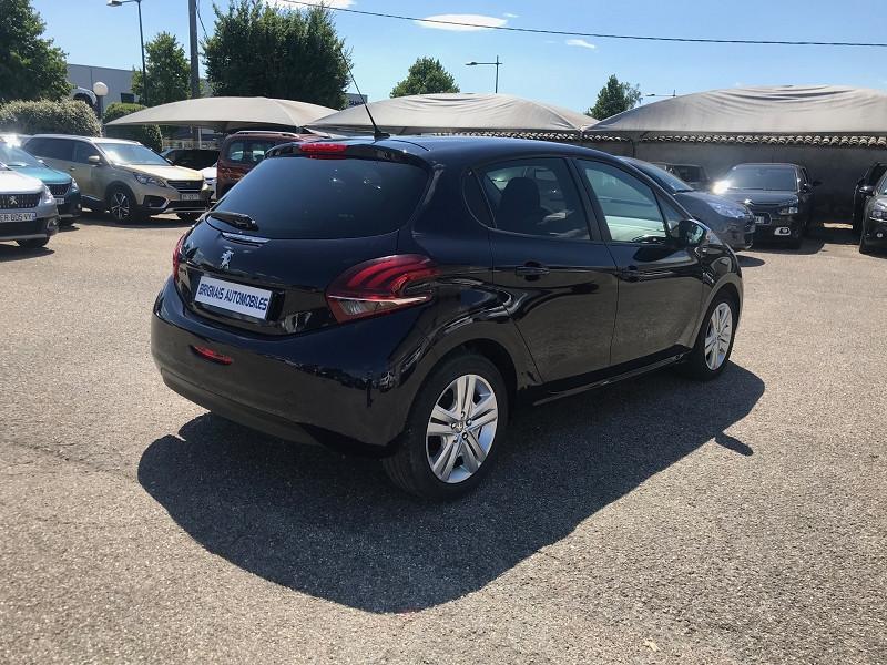 Photo 5 de l'offre de PEUGEOT 208 1.6 BLUEHDI 75CH STYLE 5P à 11900€ chez Brignais automobiles